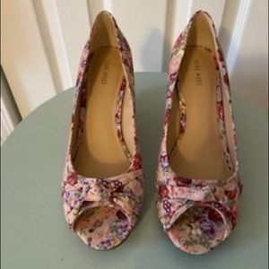 Nine West Floral Wedges, Size 9.5 NWOT